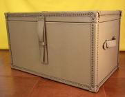 Leather classic trunk