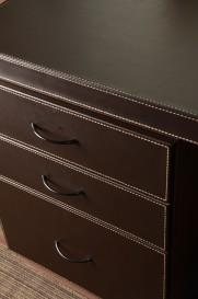 Detalle cajones de escritorio